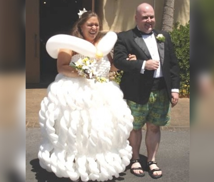 Hideous Wedding Gowns: These Brides Have The Weirdest, Most Bizarre Wedding