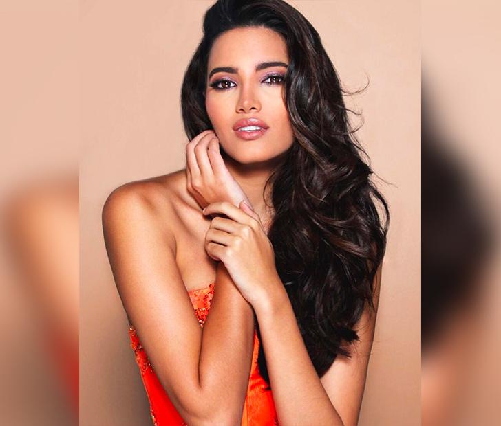 Latin instagram model on live